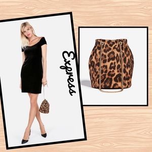 EXPRESS▪️Leopard Print Bucket Bag Purse